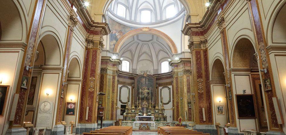 Chiesa Pietà dei Turchini  - Navata Centrale